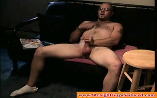 straight chap playing with his dick