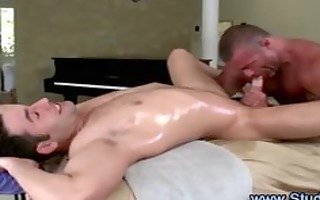 homosexual masseur sucks and acquires fucked into