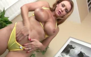naughty model fisting herself