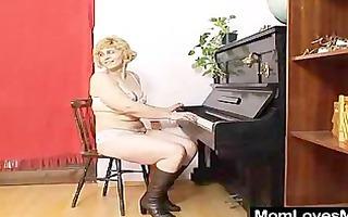 greatly unshaved amateur matured hedvika lesbian