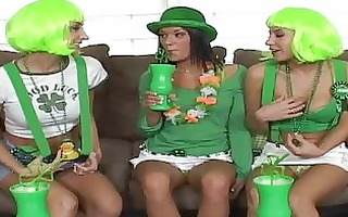 awesome lesbo devi tempt her 0 girlfriends