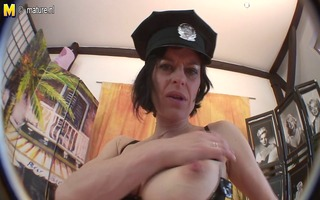 mature cop can to play with her hirsute cookie