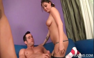cougar and daughter eating shlong in 4some