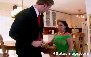 nasty mama seduces a younger boy