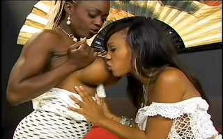 lacey and coco pink in swarthy lesbo foot play