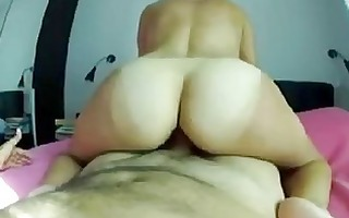 real non-professional d like to fuck riding her