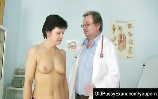 older woman eva visits gyno doctor