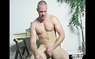 aged dude loves to play with his dick