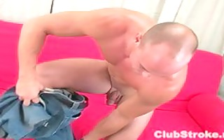 brawny str boy dan masturbating