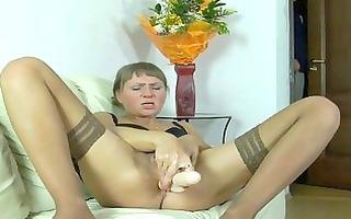 lustful neighbour feeding a lusty mommy
