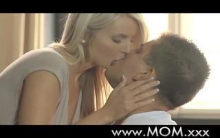 mommy d like to fuck can younger knob