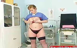obese amateur-mom vilma crazy piddle gap opening