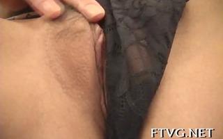 hottie exposes precious body