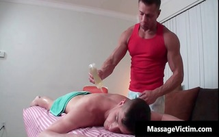 hawt and excited guy acquires the massage part1