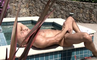 austin wilde jerks out a worthwhile large hawt