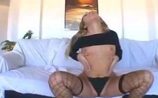 hawt blond d like to fuck chelsea rae rubbing her