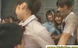 hawt japanese babes massaging dudes