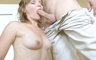 sexy mommy pounded by juvenile fellow
