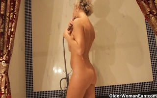 sexy aged mommy takes a bath and masturbates with