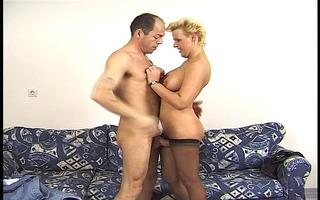 mature, blond and horny!