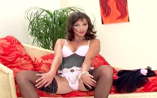 glamour sweetheart in nylons and hawt strappy