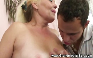 hot granny t live without engulfing younger cock