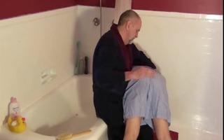 hawt dad spank her boyfriend (6 clips)