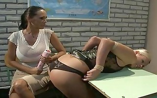 sluty blond lesbo in leather corset t live