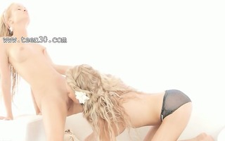 blondes using biggest double vibrator