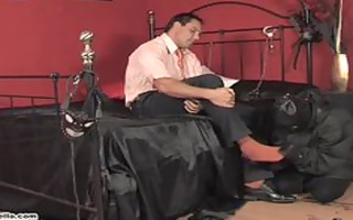 homo hunk acquires his feet and knob worshipped
