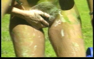 lesbian babes play with paint