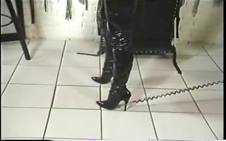 a female-dominator presents her bondman