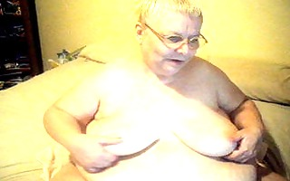 cam show with oil and having pleasure