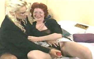 lesbiennes mamy aime aged aged porn granny old