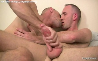 twink gives a tugjob and kisses boy