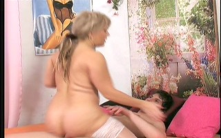 granny seduces her youthful ally 11/7