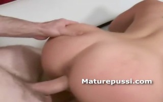large ass older playgirl screwed doggy style by a