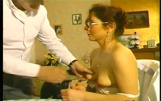 hawt mommy screwed by her old neighbour - telsev