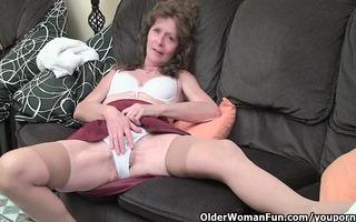 saggy granny in nylons masturbates unshaved