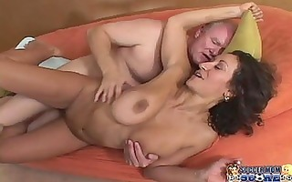 sexy soccer mamma does the trainer