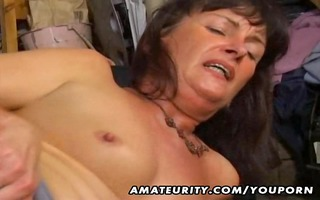 amateur wife anal and oral-stimulation with