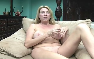 16-curvaceous cougars - scene 0 - dreamgirls