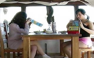 make water lesbian pissing around at breakfast