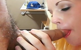 explicit giving a kiss and muff licking with 5