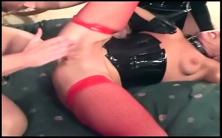 ffm anal threeway with sweethearts in fishnet and