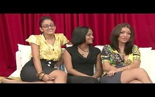three amateur cfnm girls watch guy jerk off