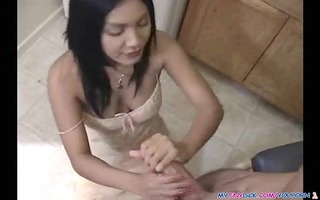 oriental sweetheart gives head