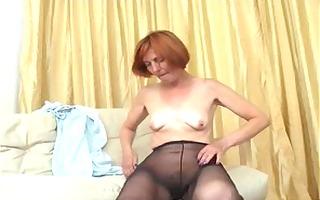 pantyhose granny reveals the kickers