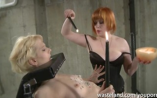 redhead lesbo goddess gives golden-haired sexy