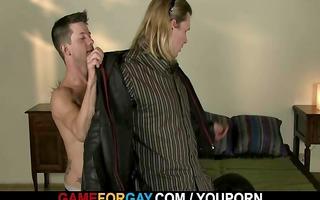 schlong hungry chap seduces powerful hetero biker